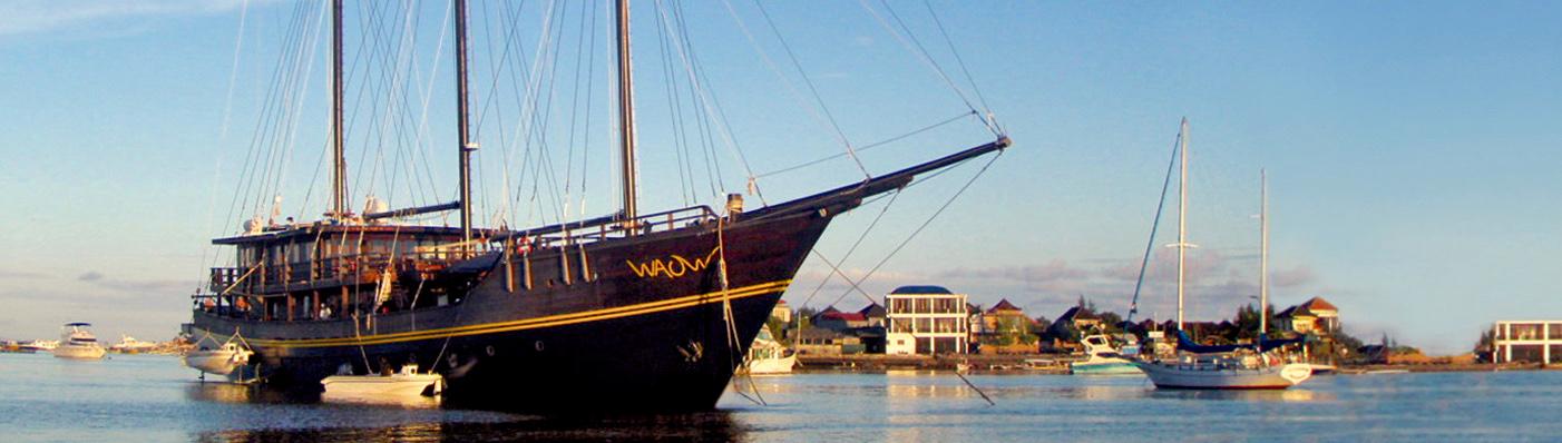 WAOW Charters Benoa Serangan Harbor Bali Indonesia - Luxury liveaboard for dive charters and cruises