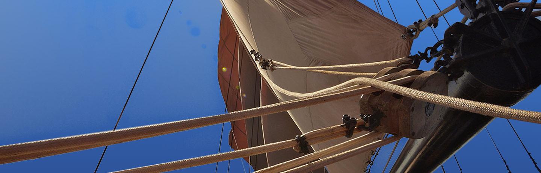 Le WAOW, Phinisi voilier bateau de croisière plongée, navigue en Indonésie à Komodo, Manta Alley, Christal & Castel Rock, Gilli Lawa Laut